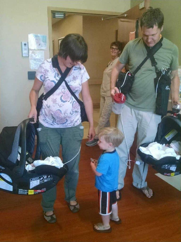 how to take care of preemie sent home on oxgyen