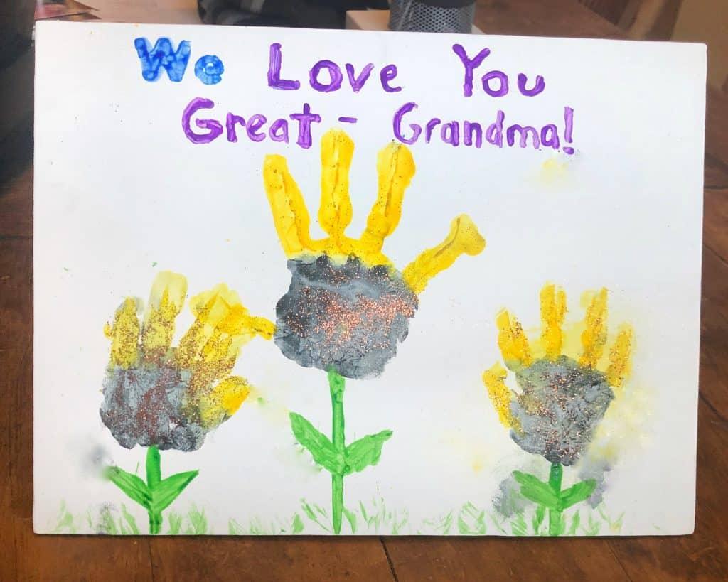 flower handprint craft for kids for mom or grandma