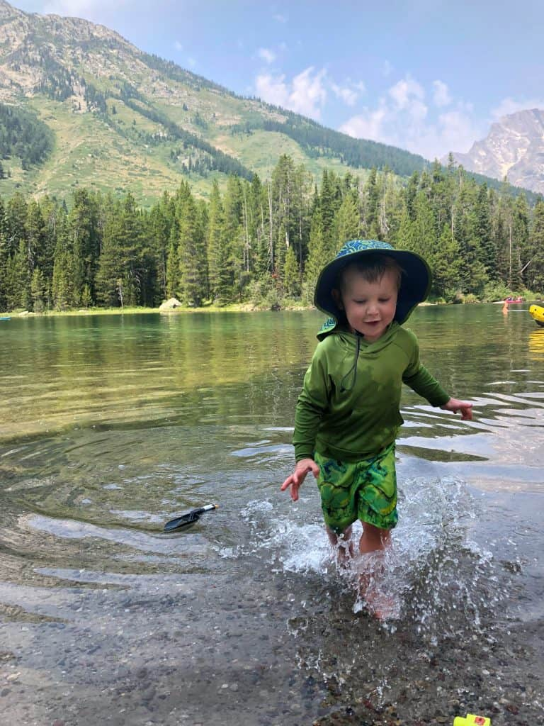 string lake water temperature good for playing in