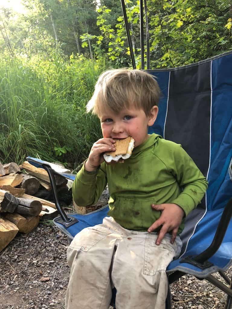 how to make s'mores while camping