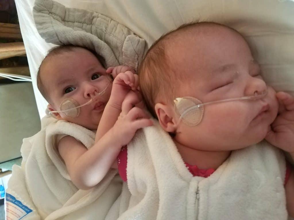 babies sleeping with supplemental oxygen