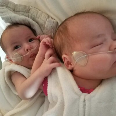 babies sleeping with supplemental oxygen