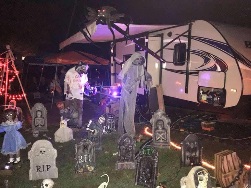 rv graveyard halloween