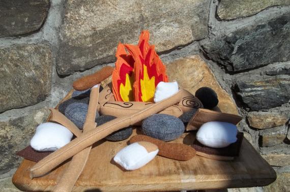 Campfire Campfire for 2 Plush Set