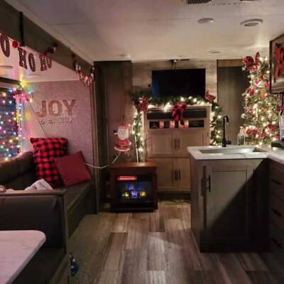 living room view camper christmas