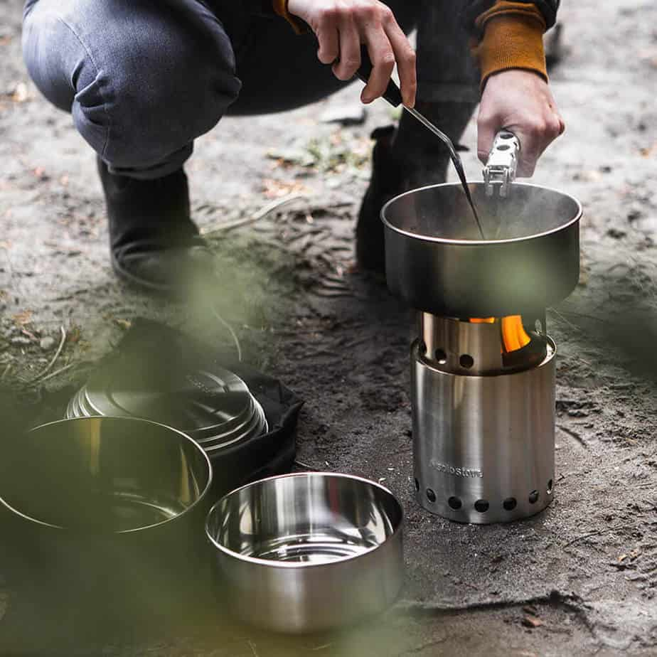 3 pot set from solo stove for good combo backpacking pot set