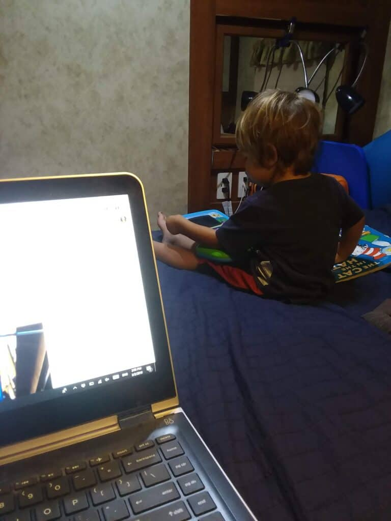 how to work in rv with kids