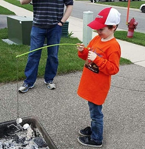 easy way for kids to cook over campfire