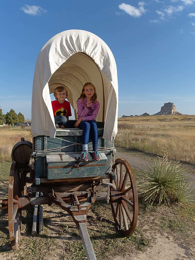 travel based teaching on Oregon trail while roadschooling in rv