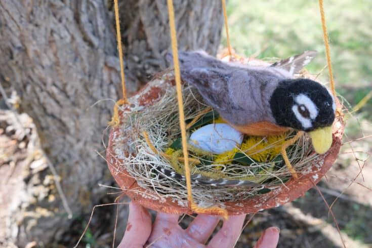 Nest Building Craft + Printable Nesting Nature Scavenger Hunt!