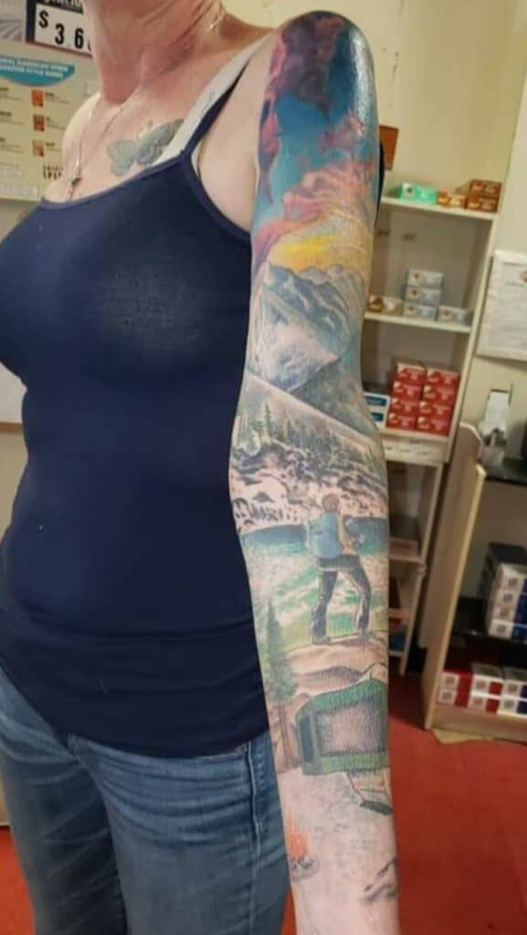 caming and hiking scene full color sleeve